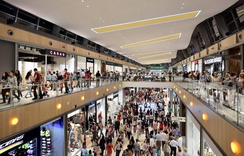 Cerca de 60 nuevos centros comerciales se abrirán en España entre 2015 y 2020