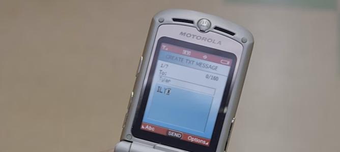 Motorola anuncia el lanzamiento de la versión renovada del icónico Razr V3
