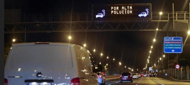 Bajar la velocidad a 70 km/h, ineficaz contra la contaminación