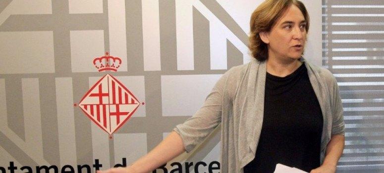 Barcelona cierra 256 pisos turísticos denunciados por sus 'visualizadores'