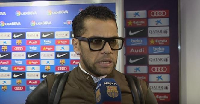 "Alves: ""Rectifico la palabra, pero sigo pensando igual"""