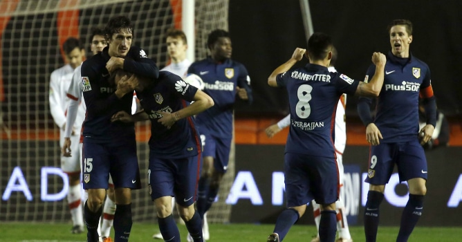 El Atlético vuelve al trabajo sin los titulares