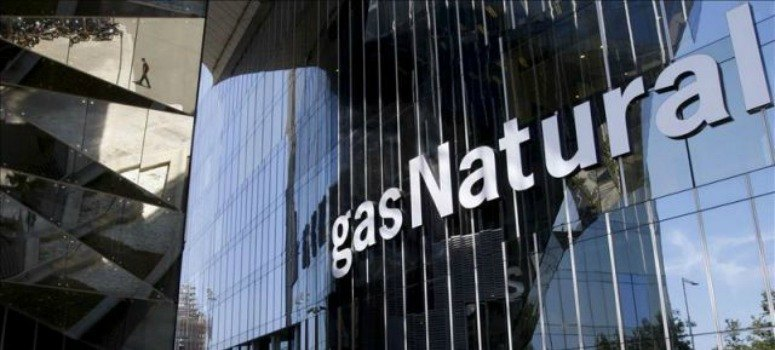 Repsol y La Caixa negocian vender el 20% de Gas Natural