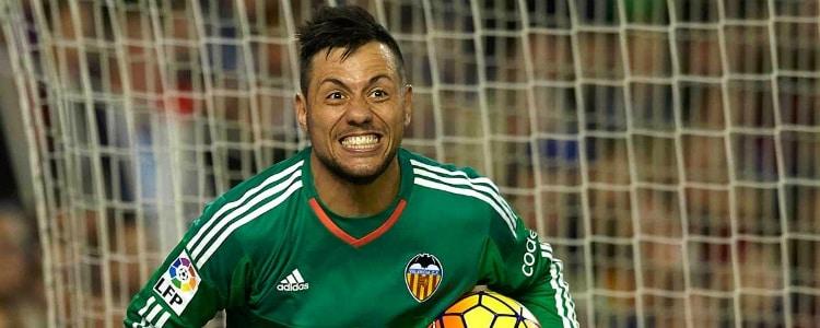El Barça baraja a Diego Alves si sale un portero