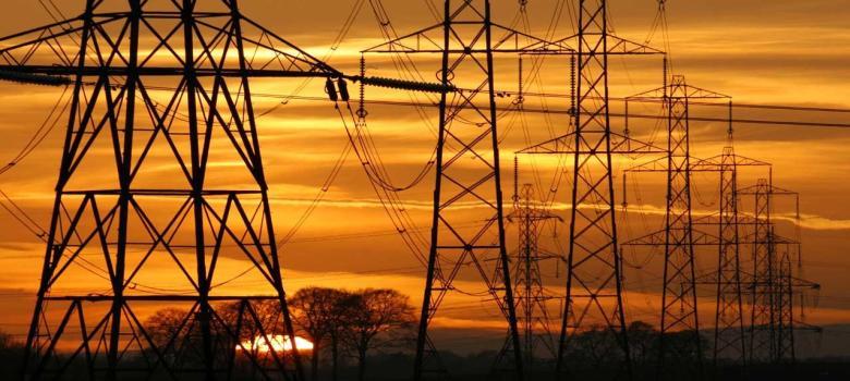 Los precios industriales de electricidad seguirán en 2018 en los niveles más altos desde 2009