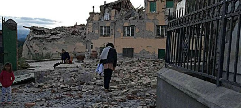 Terremoto en Italia: al menos 37 muertos y cientos de atrapados