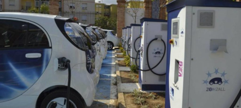 """El 40% de los europeos ve """"muy probable"""" que su próximo coche sea eléctrico"""