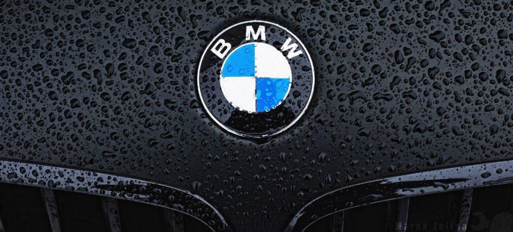 BMW llama a revisión 8.566 automóviles en España por el airbag