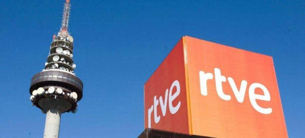 Telefónica alza la voz contra el pago a RTVE de las 'telecos': 1.200 millones en una década