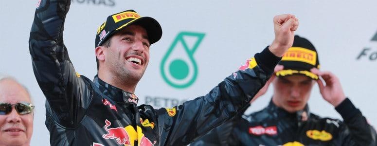 Ricciardo triunfa en el doblete de Red Bull en Malasia