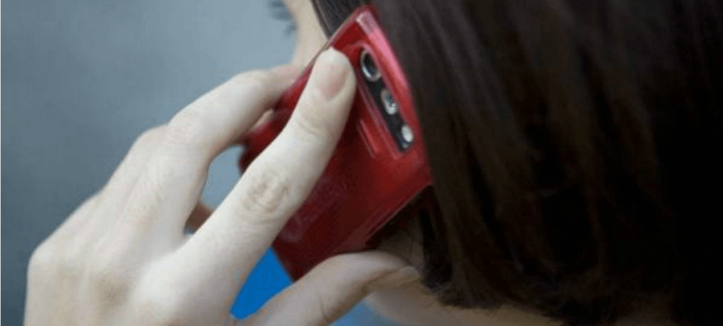 La CNMC rebaja un 40 % los precios de llamadas a móvil