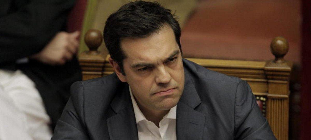Bruselas no excluye un cuarto rescate a Grecia
