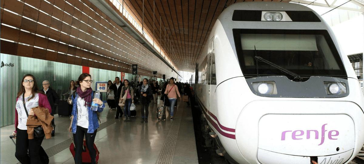Granada, 900 días sin tren