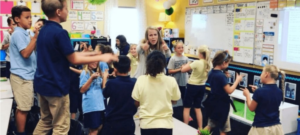 Vídeo: Esta profesora enseña con canciones de Justin Bieber, Pharrel Williams o Justin Timberlake