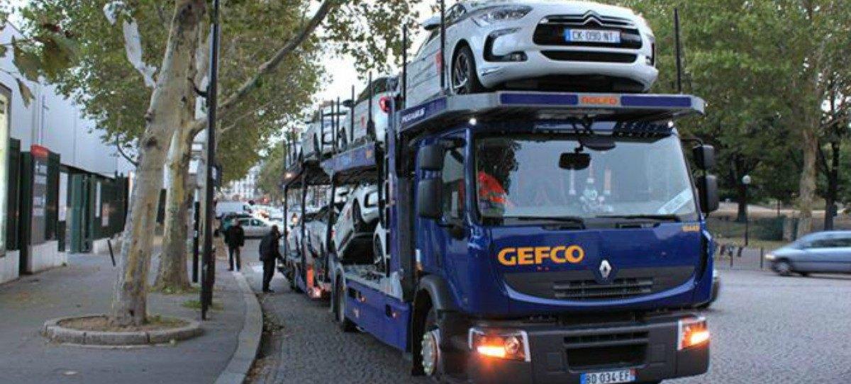 Camión de Gefco durante un transporte