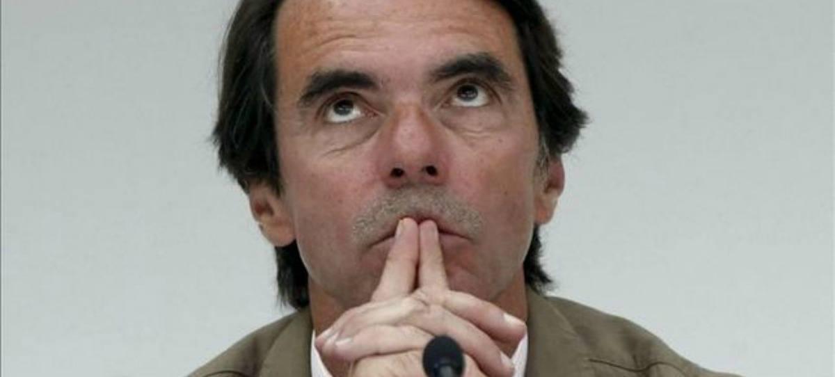 Aznar dimite como presidente de Honor del PP