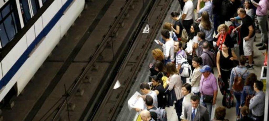 Metro de Madrid reconoce amianto en algunos trenes y cáncer de un empleado