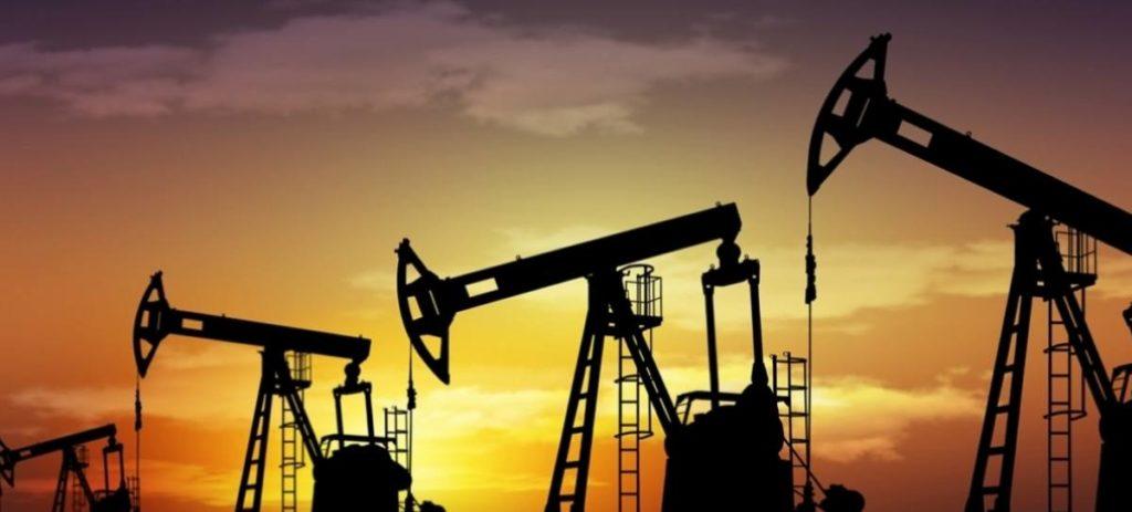"""El petróleo, en máximos de julio de 2015 tras el recorte de los países """"no-OPEP"""""""