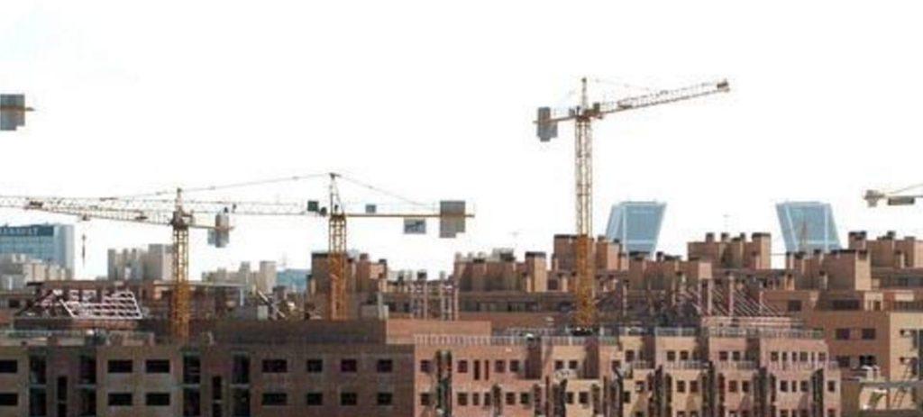 Los españoles con menos recursos rompen con la regla del 30-30-30 para comprar una vivienda