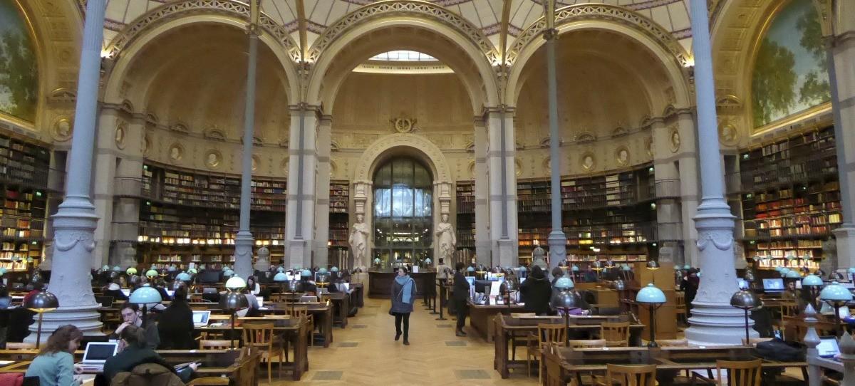 Las bibliotecas de la Comunidad que amplían su horario en exámenes