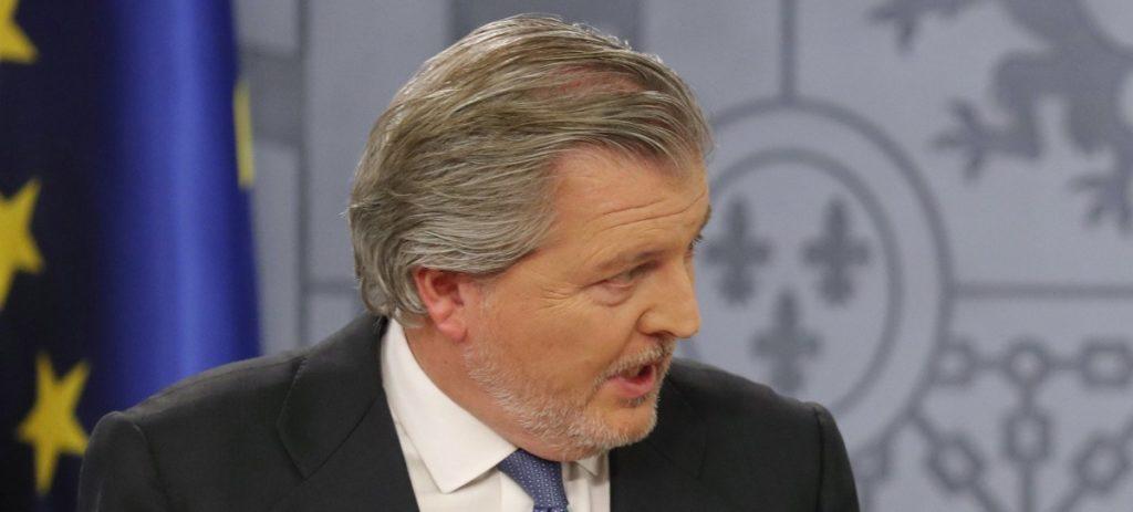 Menéndez de Vigo anuncia la oferta publica de empleo 'más importante de la historia de España' en Educación