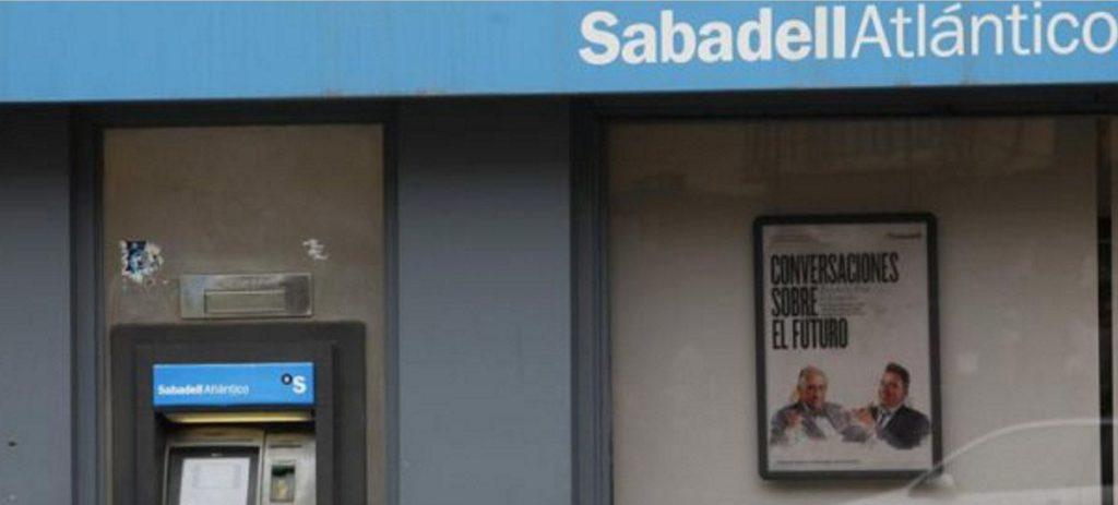 Moody's no descarta fusiones en la banca española por la presión en la rentabilidad