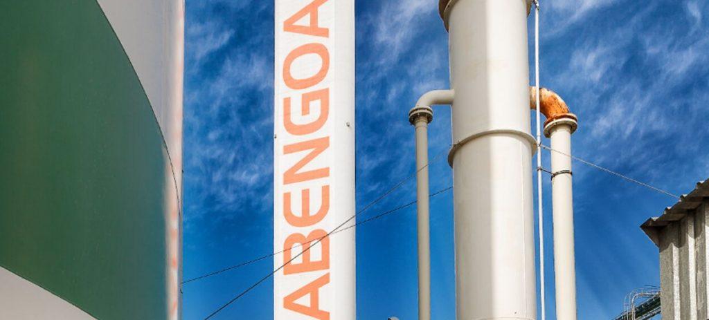 Abengoa cierra este viernes la operación de reestructuración de su deuda