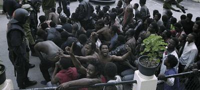 Más de 300 inmigrantes vuelven a entrar en Ceuta