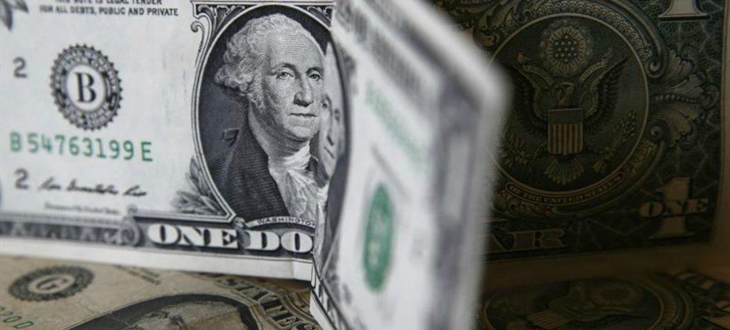 """""""El euro/dólar ha pasado muy rápido de 1,25 a 1,17 y mete presión a los emergentes"""""""