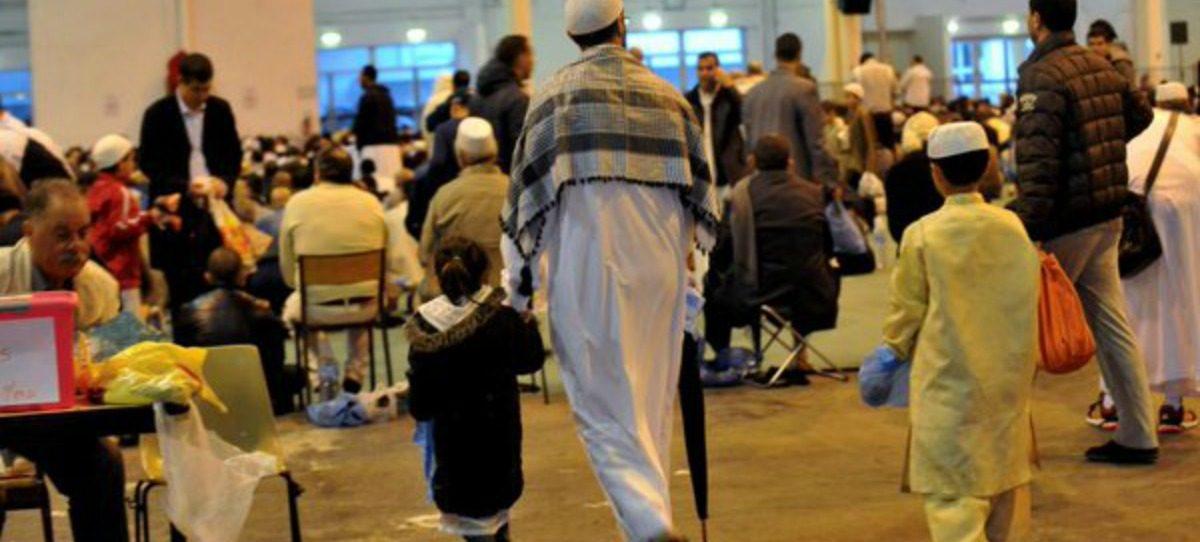 Un partido francés propone sustituir las fiestas cristianas por las musulmanas