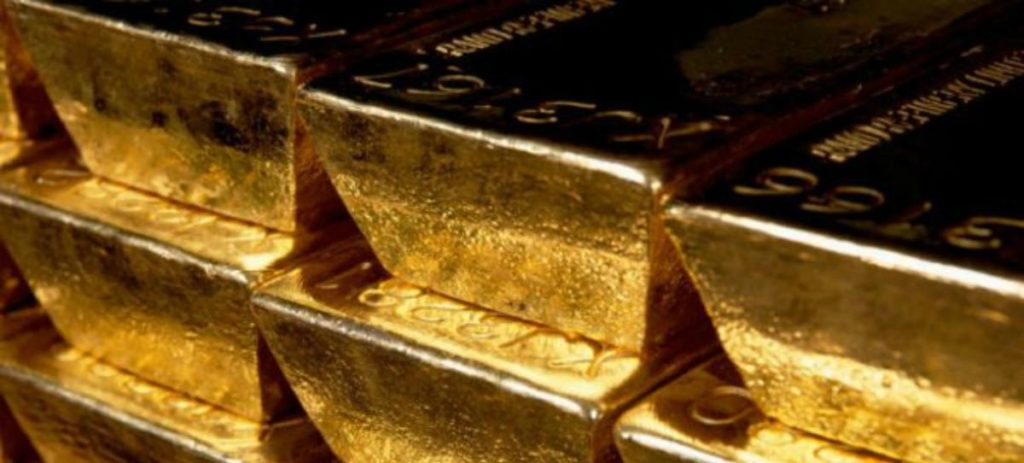 El oro modera su precio tras las elecciones francesas