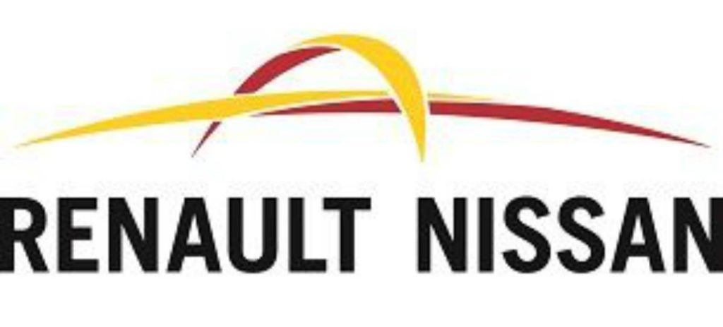 Renault-Fiat, una fusión con sentido… y con dificultades, según Moddy's