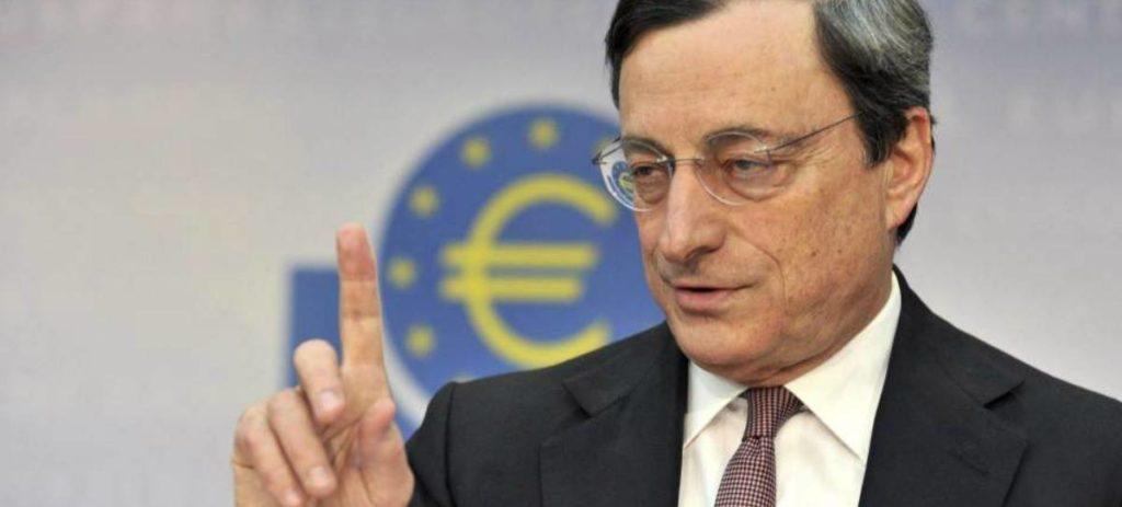 """Draghi sitúa a España como """"país vulnerable"""" y alaba la caída de la deuda empresarial"""
