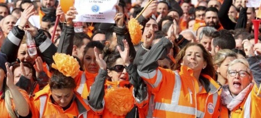 La huelga de estibadores cuesta 24 millones y se desvían mercancías a Tánger y Portugal