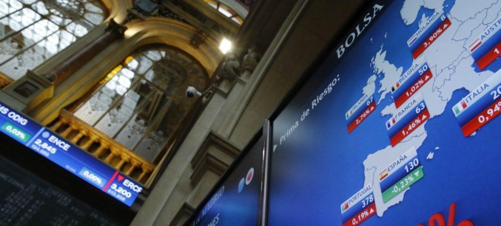El IBEX 35 gana un 0,62% en la semana y supera los 10.300 puntos