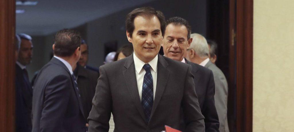 Nieto ve linchamiento político la investigación de su reunión con González