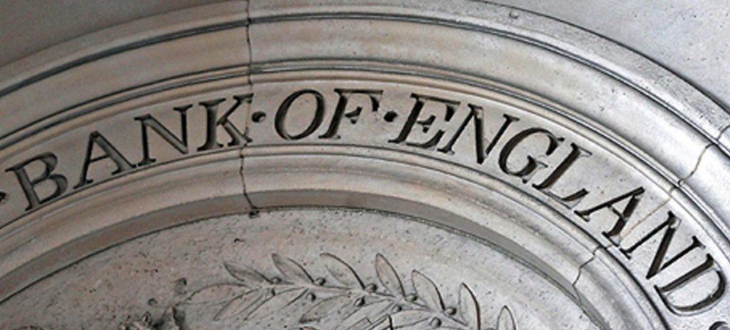 """El Banco de Inglaterra prepara una subida """"limitada"""" en los tipos de interés"""
