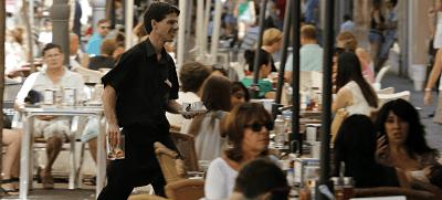 El paro en Cataluña sube en 17.665 personas en último trimestre, 8 veces más que en 2016