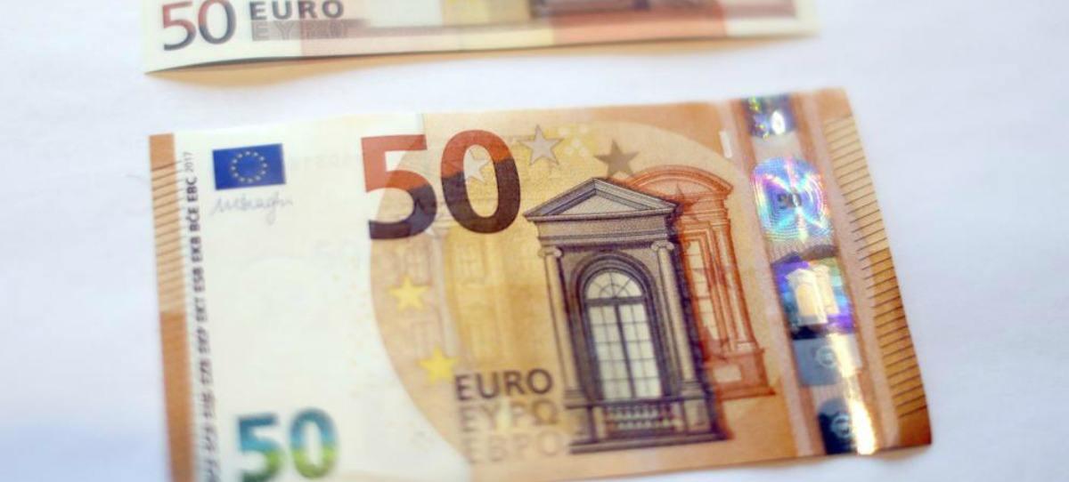 Los billetes de 20 y 50 euros son los más falsificados, según el BCE
