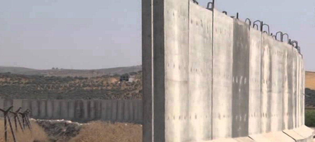 Turquía alza un muro de tres metros en 556 km de la frontera con Siria