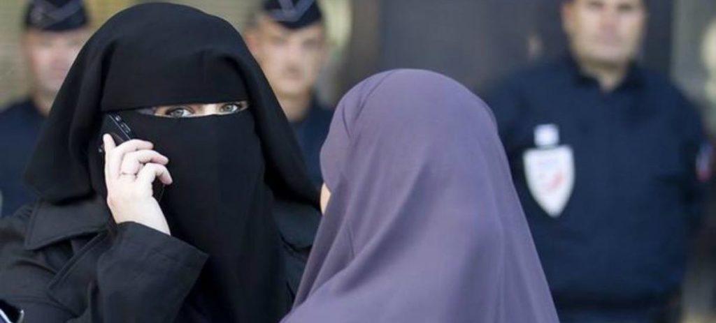 Alemania prohíbe el velo integral islámico a las empleadas del Estado