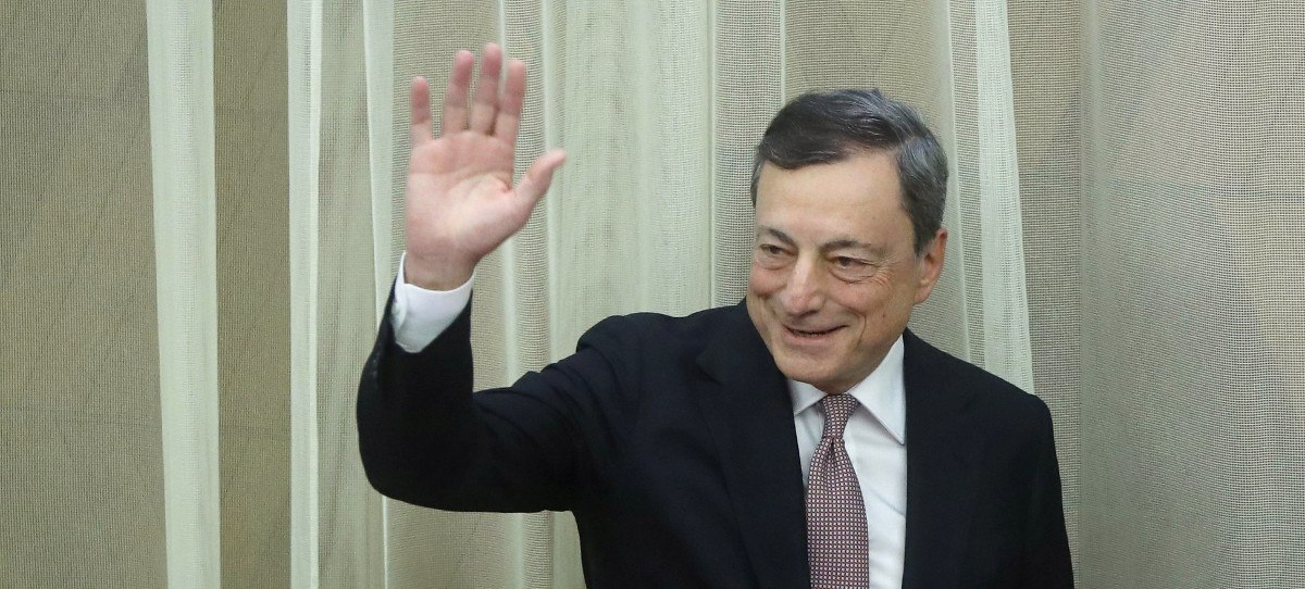 El BCE reduce a la mitad las compras de deuda, hasta los 15.000 millones al mes