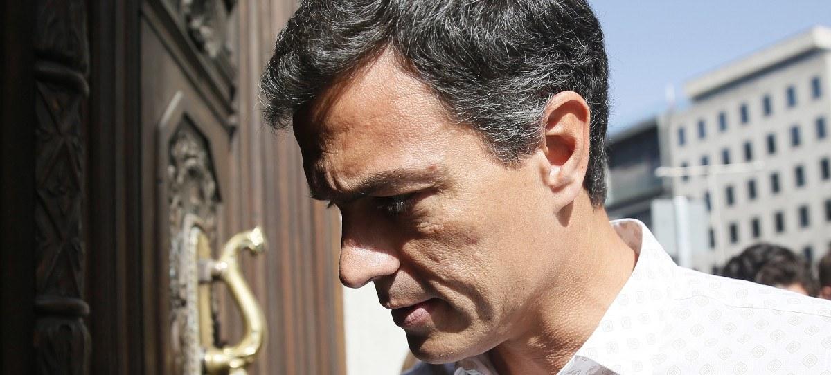 """Pedro Sánchez, en su vuelta al Congreso: """"Vengo a trabajar"""""""