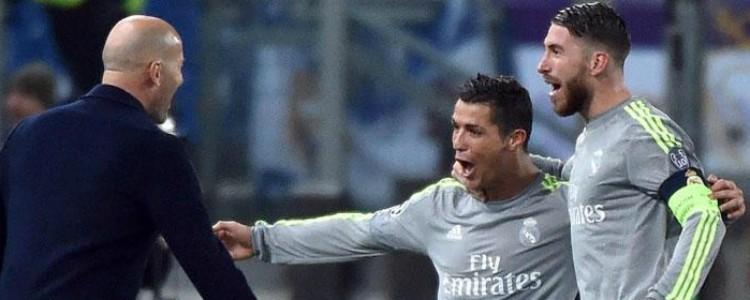 Cristiano Ronaldo: el vestuario del Real Madrid se moviliza para convencerle de que se quede