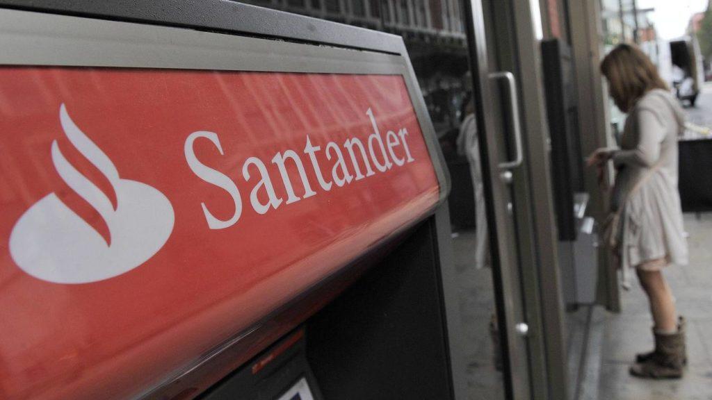 Cuánto cuesta acudir a la ampliación del Santander