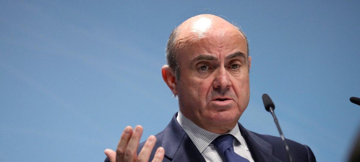 De Guindos dice que España recupera la renta de 2007 con 1.5 millones de parados más