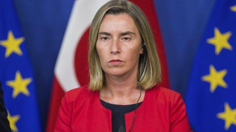La Unión Europea exige a Maduro que ponga fin a la violencia
