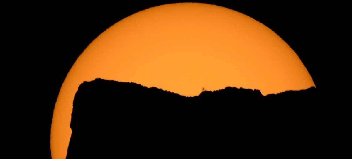 ¿Qué precauciones debes tomar para ver el eclipse solar?