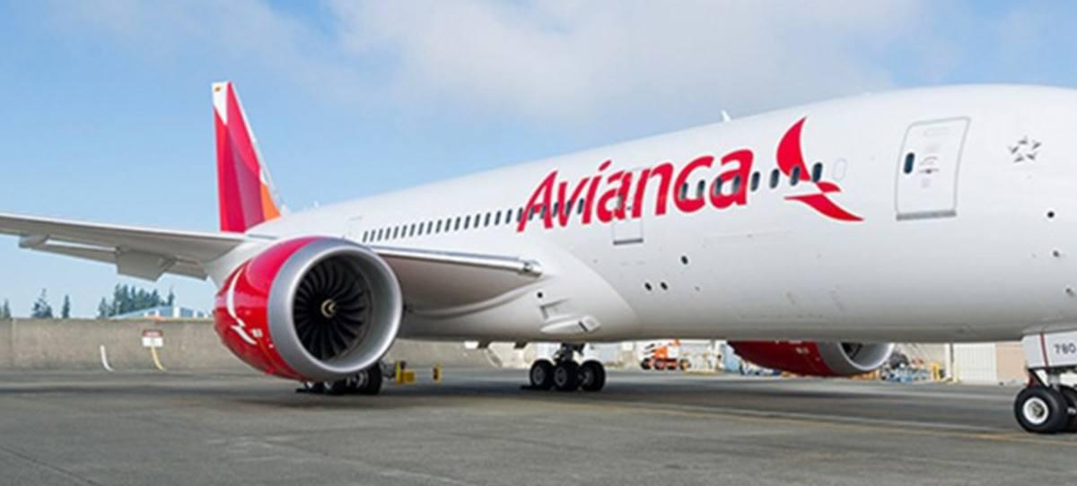 Avianca deja a 20.000 pasajeros en tierra por la huelga de pilotos