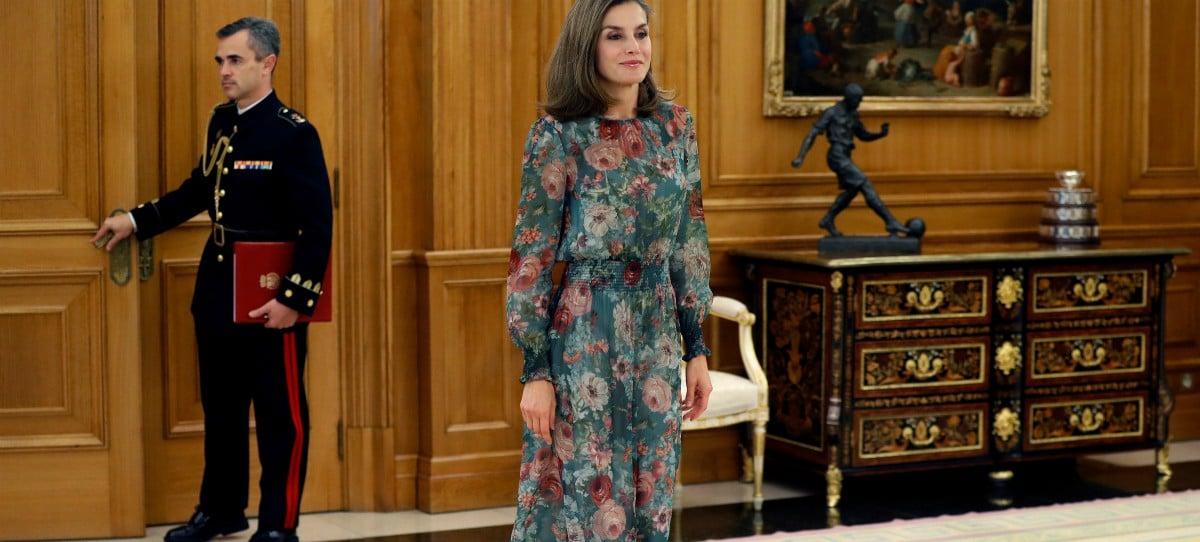 El vestido de la Reina Letizia de 50 euros de Zara que se agotó en horas